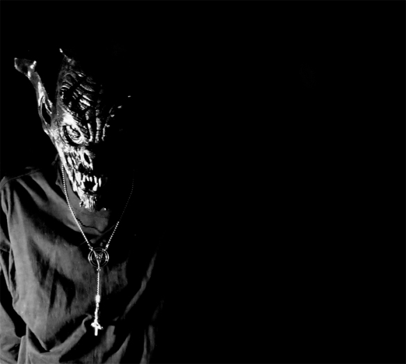 Resultado de imagen de voces demoníacas.